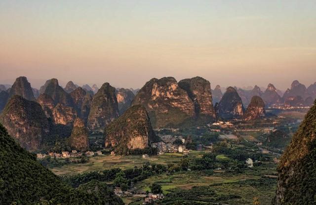 Moon Hill China
