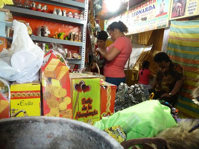 Schamanenmarkt in Lima, Peru