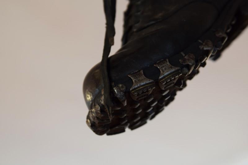 Kropa Nägel Schuhe